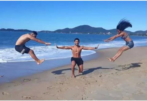Viral Funny Photos on the Internet